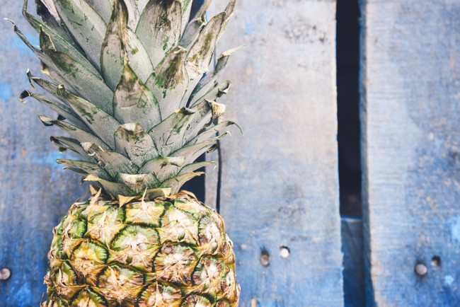 Life Hack: How To Cut A Pineapple Without A Knife