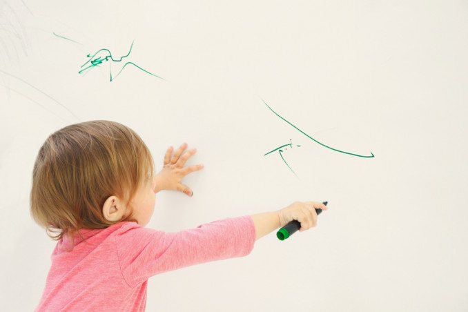 How To Remove Pen Marks From The Wall