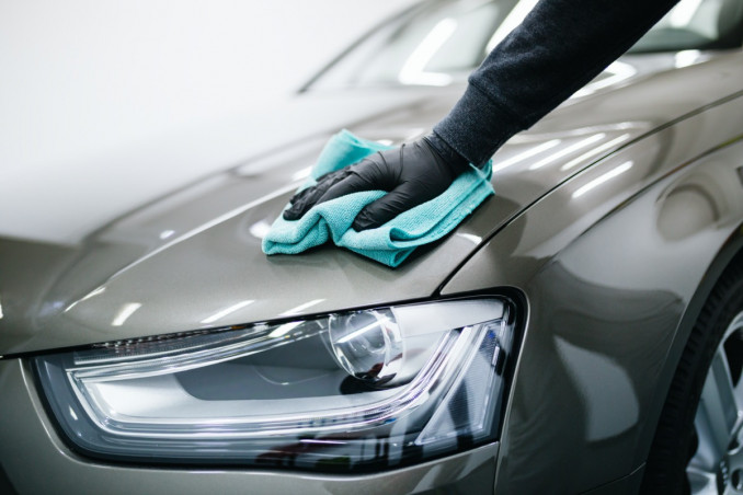 How To Polish The Car By Hand