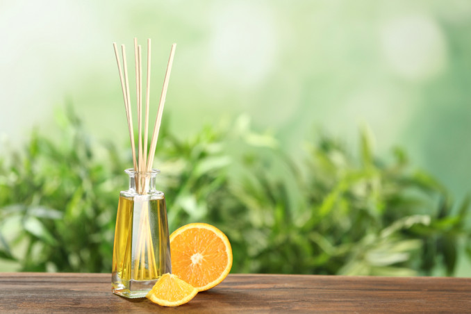 How To Make A Home Fragrance Using Oranges And Spices