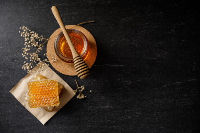 7 Uses Of Beeswax