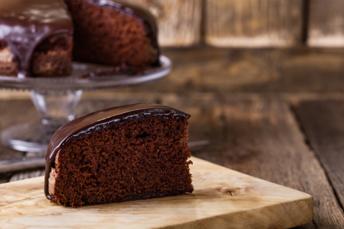How To Make An Egg-Free Nutella Cake For Breakfast